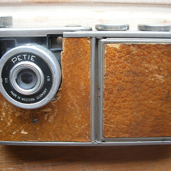 petie vanity antique - Cameras