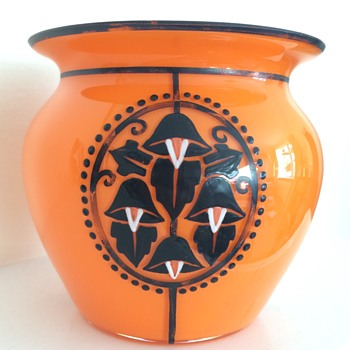 Enamelled and painted tango bowl - Art Glass
