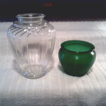 Syndicate Sales Inc. (Hoosier Glass) / National Potteries Floral Vases - Glassware