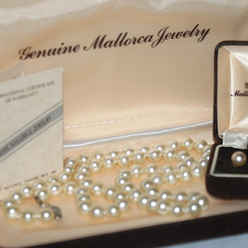 Mallorca Pears - Costume Jewelry