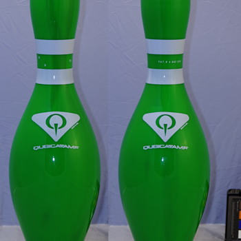 Qubica AMF Glow Green Novelty Bowling Pin - Sporting Goods