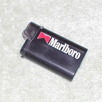 1994 Marlboro Butane Lighter