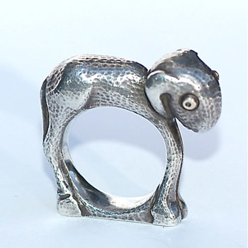 Moshe Oved Lamb Ring - Fine Jewelry