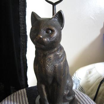 bronze cat statue hollow inside & handle on back