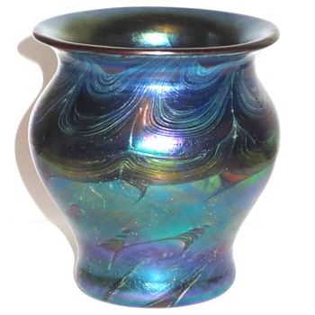 Loetz Phanomen Style Vase - Art Glass