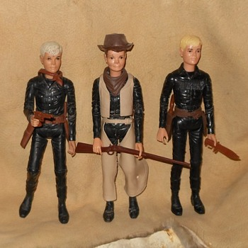 The Sons of Johnny West Canadian Mod Versions - Toys