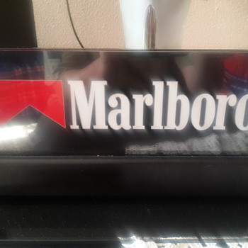 Marlboro Display Light - Tobacciana