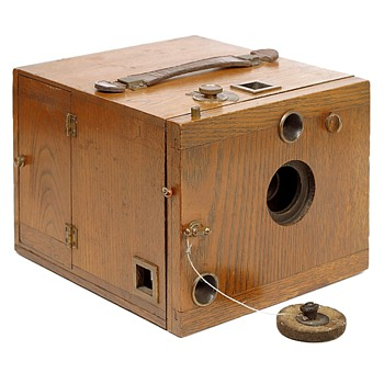 Antique Oak Detective Camera, early 1890s - Cameras
