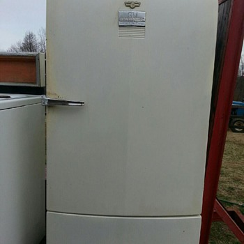 GM Fridgidaire Model ML77