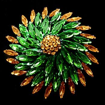 Massive Sherman Brooch, Green And Topaz, Japanned, Signed Pinwheel Design. - Art Deco