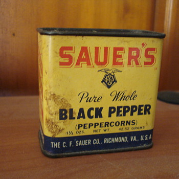 Sauer's Pure Whole Black Pepper