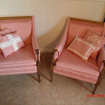 Pair of slipper chairs... - Furniture