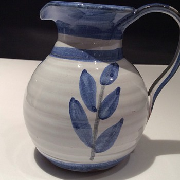 Art pottery jug