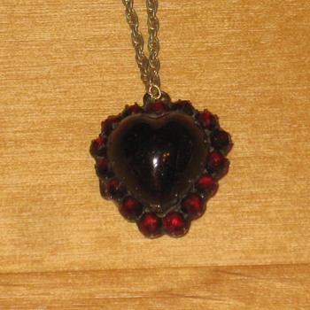Garnet/Sterling piece - Fine Jewelry