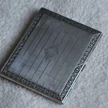 Art Deco Cigarette Case - Tobacciana