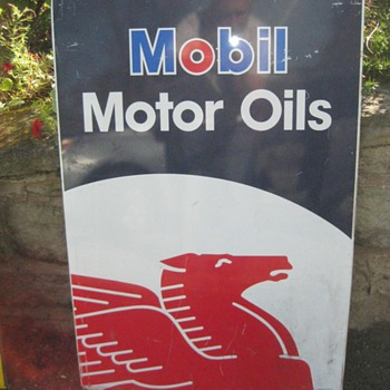 Mobil Motor Oils and Pennzoil signs - Signs