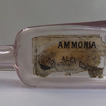 Paper Label Druggist Bottle