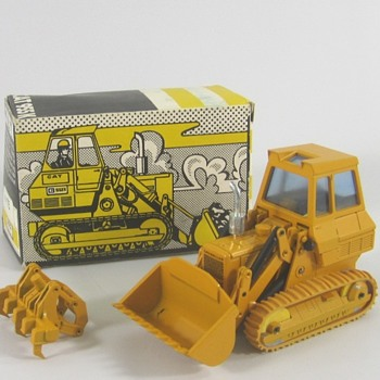 Caterpillar 955 Front Loader - Toys