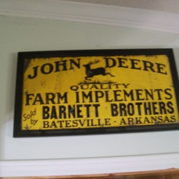 John Deere sign