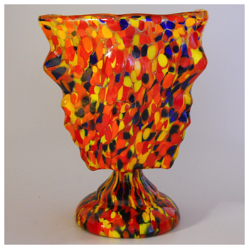 "Kralik""Knuckle"" Pedestal Dish Vase, Circa 1930 - Art Glass"