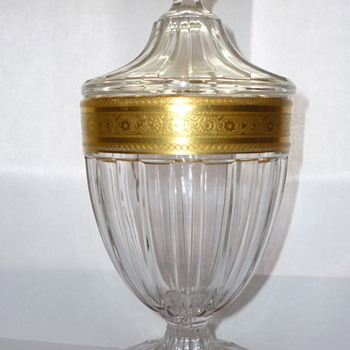 Gilt glass jar