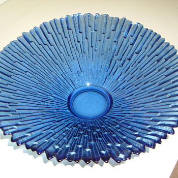 Bowl by Pavel Panek - Art Glass
