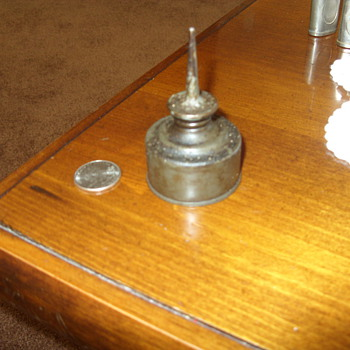brass squirt oil can - Tools and Hardware