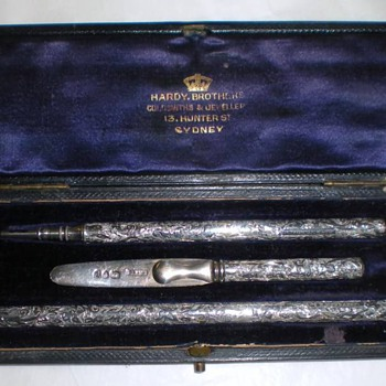 Ultra Rare Sampson Mordan writing set - Pens