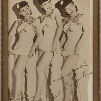 Kim Loo Sisters photograph - Music