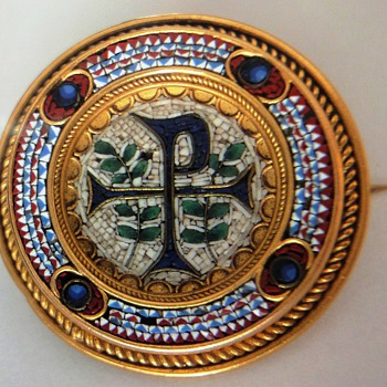 Micro Mosaic Etruscan Revival Beading 18 K Brooch from The Vatican  c. 1820 - Fine Jewelry