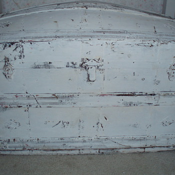 Old Dome Top Trunk - Furniture