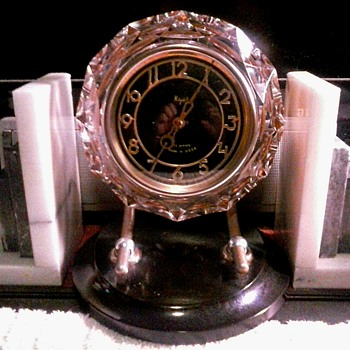 """Majak"" Serdobsky Clock Factory Russia /Crystal Art Deco Style 11 Jewel 7 Day Wind -Up Table Clock/ Circa 1975 - Clocks"