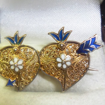 Chinese Gold plated Silver Filigree Heart Brooch 