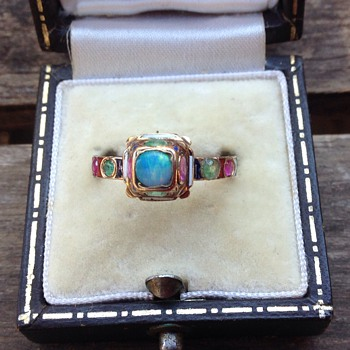French 19th Century Neo Renaissance ring