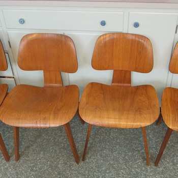 Four early Eames DCW