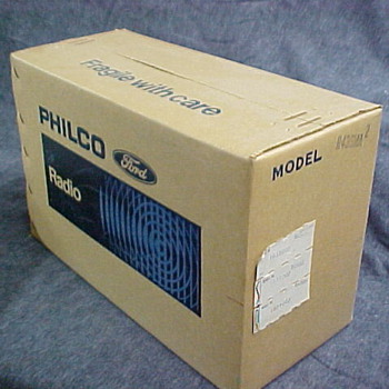 Philco Ford Model R436MA New In Box! - Radios