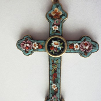 Micro Mosaic Cross Flower pendant