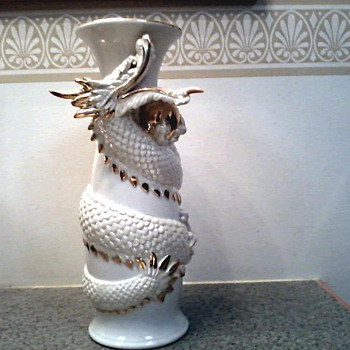 Imposing White Dragon Ceramic Vase with Gold Details /T.K.N. Made in Japan  / Unknown Artist and Vintage