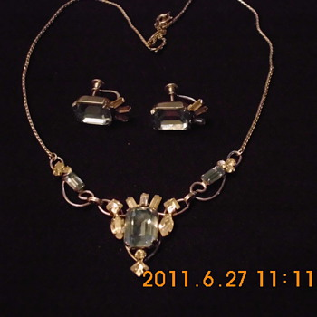 "This piece is marked ""Loran Sim"" - Fine Jewelry"