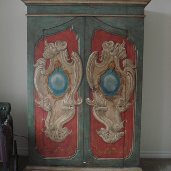 Decorative cabinet - Furniture