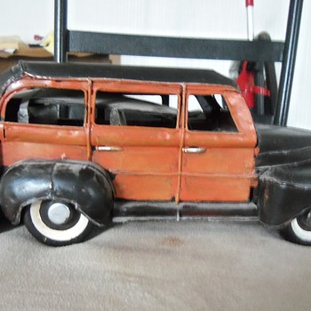 woody cast iron with surf boards on back - Model Cars