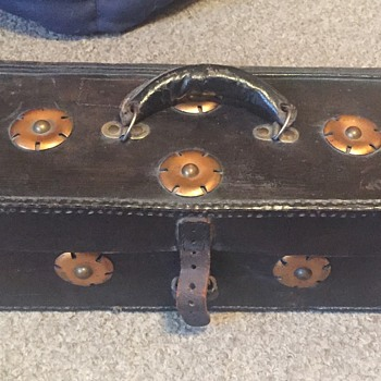 c. 1916 leather box