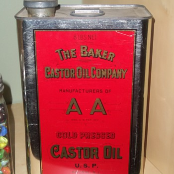 LARGE VTG BAKER CASTOR OIL CO TIN CAN  - Petroliana