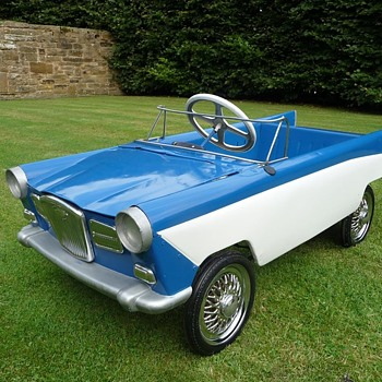 1960s Tri-ang Wolseley Pedal Car  - Model Cars