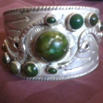 American Indian Bracelet, Silver and Green Turqoise, (Harvey 1920&#039;s???) - Native American
