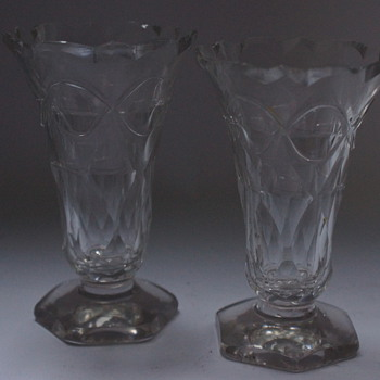 A pair of 18th Century Jelly Glasses - Art Glass