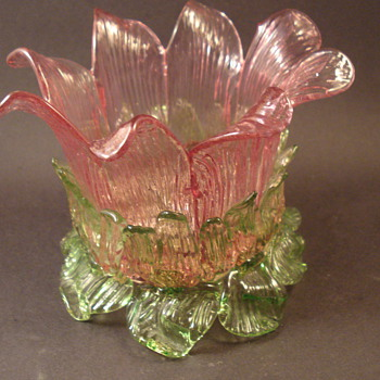 Floriform Style Flower Bowl Frog Cranberry & Green - Art Glass