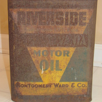 Montgomery & Co oil can - Petroliana
