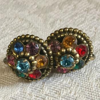 Pretty Coro Earrings