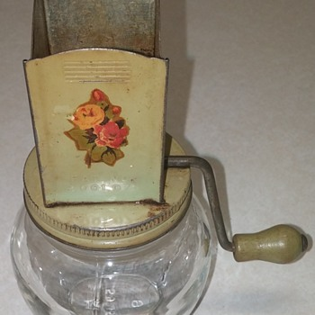 Jar with a nut chopper on top